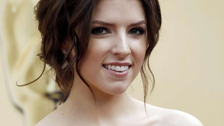 Actress Anna Kendrick arrives for the 82nd Academy