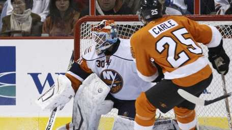 Dwayne Roloson and the Islanders have not beaten