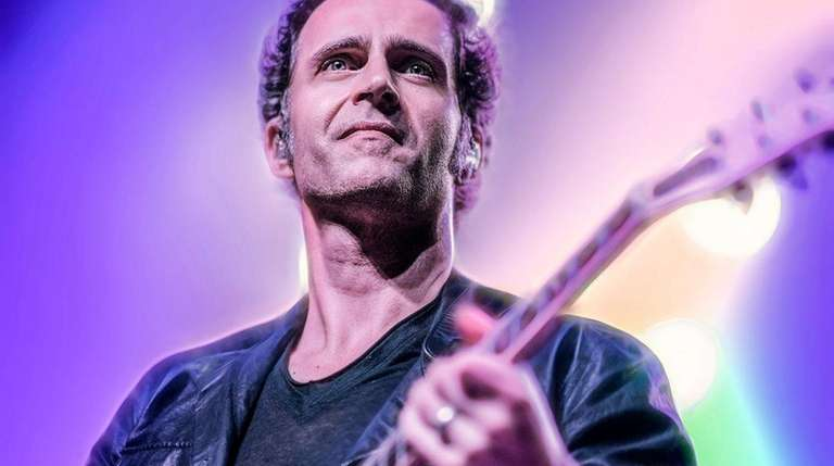 Dweezil Zappa will hold an afternoon master class