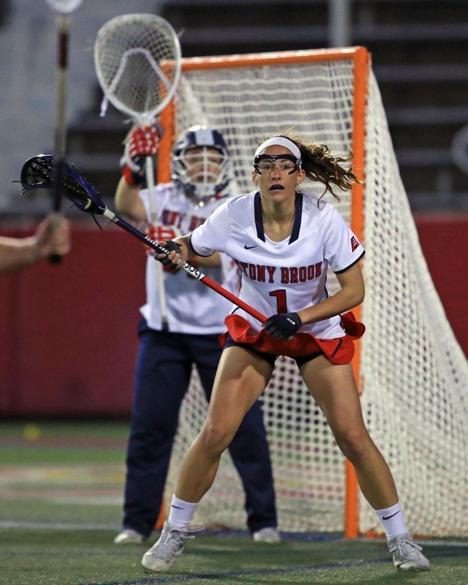 Stony Brook's Carolyn Carrera plays defense in front