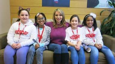 Voice actress Tara Strong meets with Kidsday reporters,