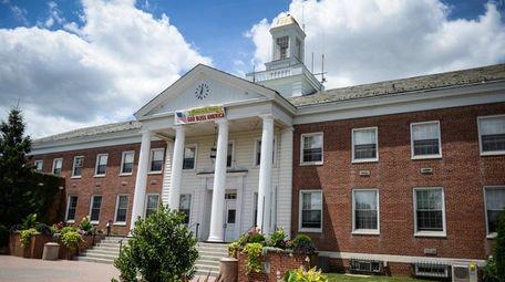 Town of Babylon Town Hall in Lindenhurst on