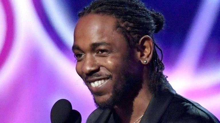 Kendrick Lamar accepts the Grammy for best rap