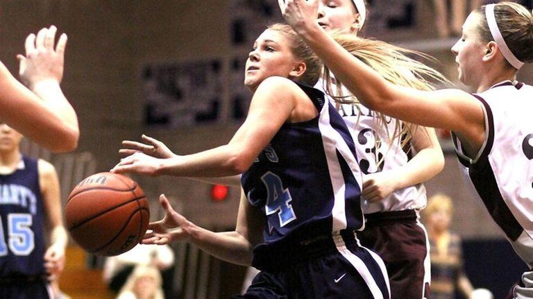 St. Mary's Shannon Flynn splits defense in
