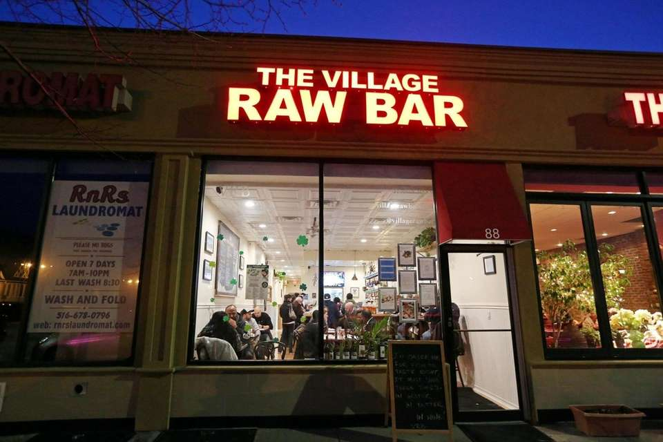 The Village Raw Bar, Rockville Centre: The Village