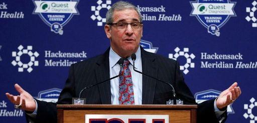 Giants general manager Dave Gettleman speaks on Dec.