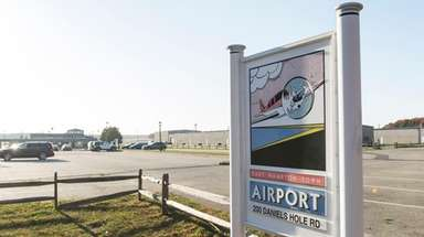 Noise at the East Hampton Airport in Wainscott