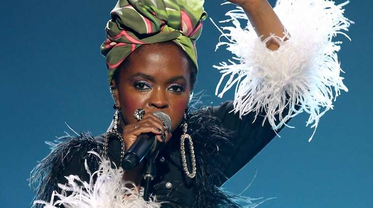 Lauryn Hill pays tribute to Nina Simone during
