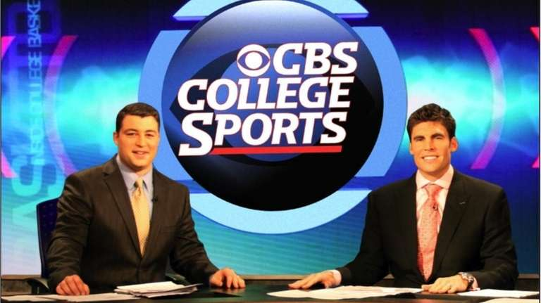 CBS College Sports Network analyst Wally Szczerbiak (right)