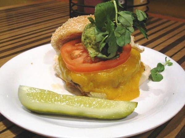 The L.A. Burger at Bobby's Burger Palace in