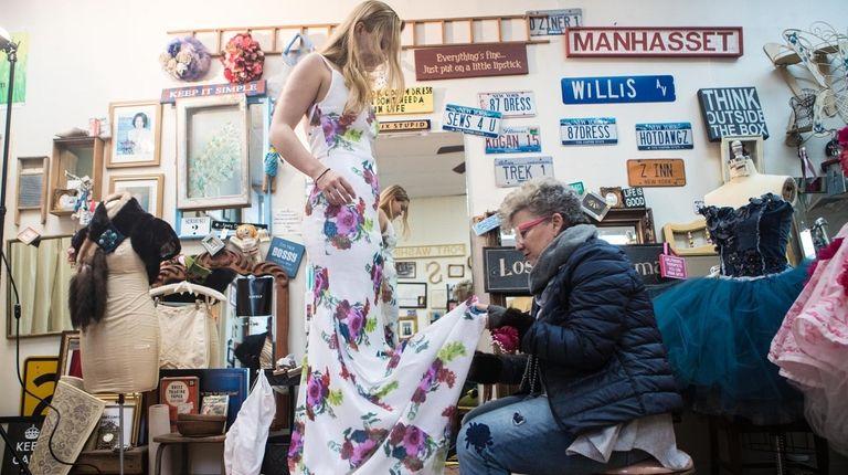 Lauren Sullivan of Manhasset gets her prom dress