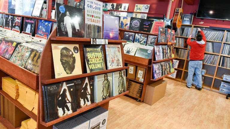 Record Store Day hits B's Music in Mt. Pleasant