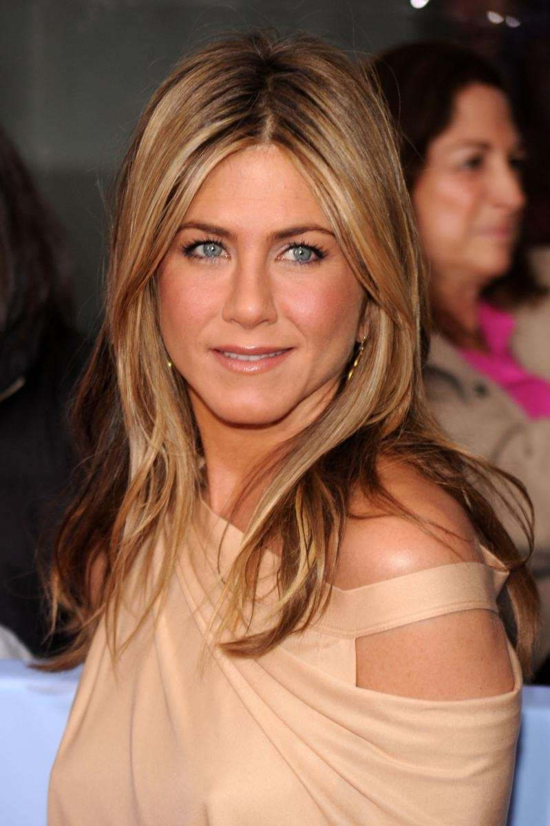 Actress Jennifer Aniston attends the premiere of