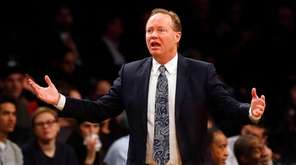 Mike Budenholzer of the Hawks reacts against the