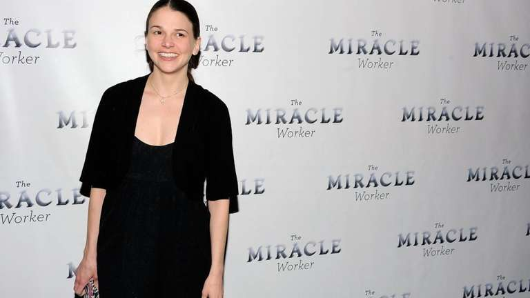 Tony Award-winning actress Sutton Foster will give a
