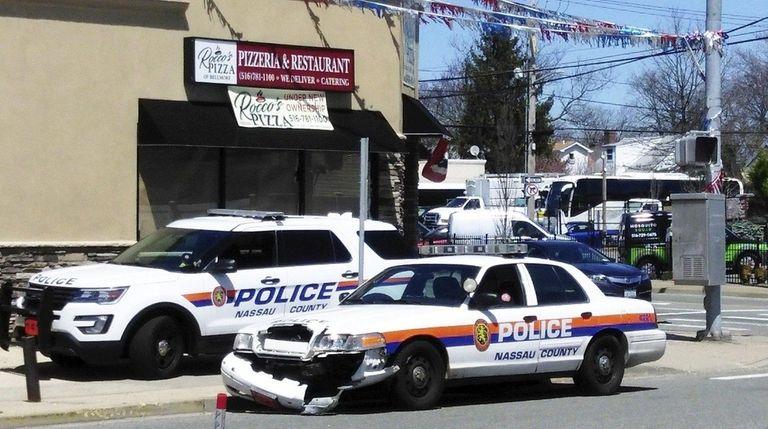 patrol car involved in minor crash nassau police say newsday. Black Bedroom Furniture Sets. Home Design Ideas
