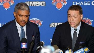 Knicks president Steve Mills and GM Scott Perry