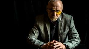 Singer-songwriter Graham Parker