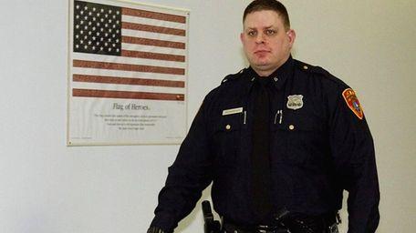 Officer Michael Richardsen testified Monday that he found