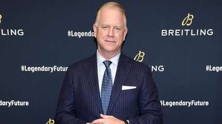 Boomer Esiason on the red carpet at the