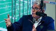 Mike Francesa engages sports analyst guest host Bill