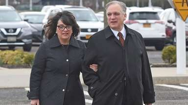Linda and Edward Mangano arrive at federal court