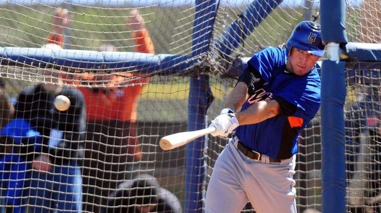 Mets first baseman Ike Davis batted .480 during