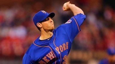 Steven Matz of the New York Mets delivers