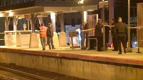 MTA police investigate the death of a man