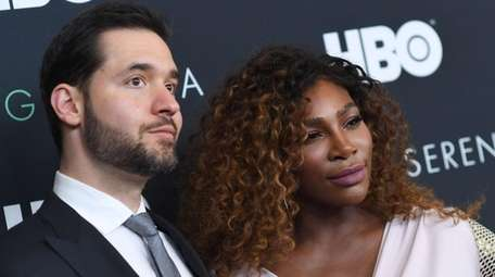 Alexis Ohanian and Serena Williams attend the HBO