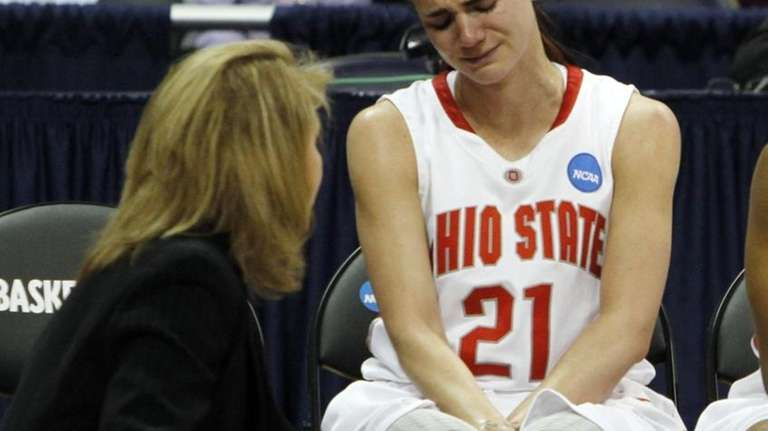 Ohio State's Samantha Prahalis, right, talks with assistant
