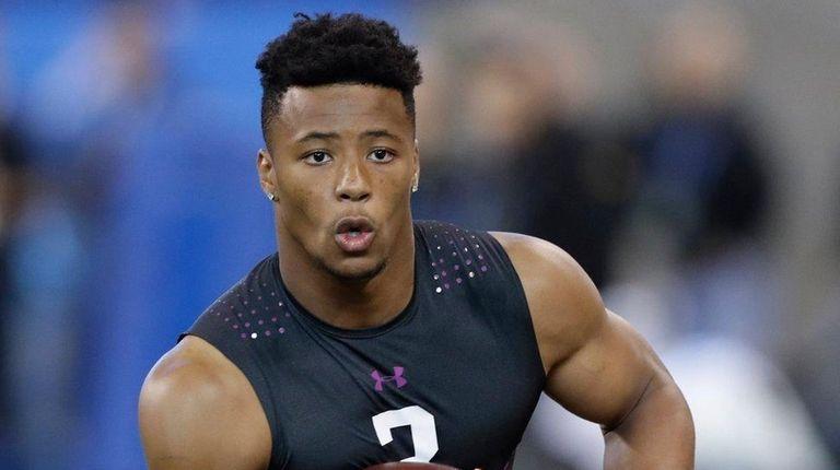 Penn State running back Saquon Barkley runs a