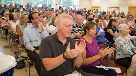 Residents questioned New York American Water about their