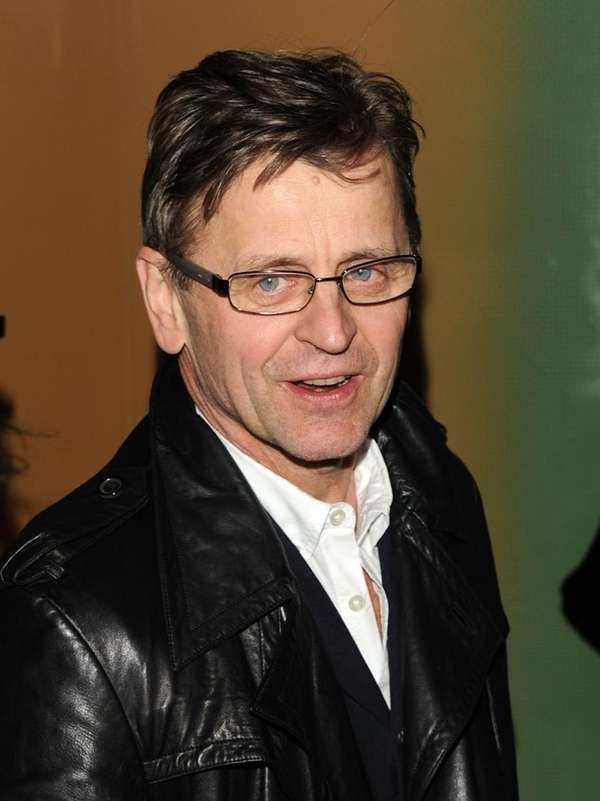 Ballet dancer Mikhail Baryshnikov attends the premiere of