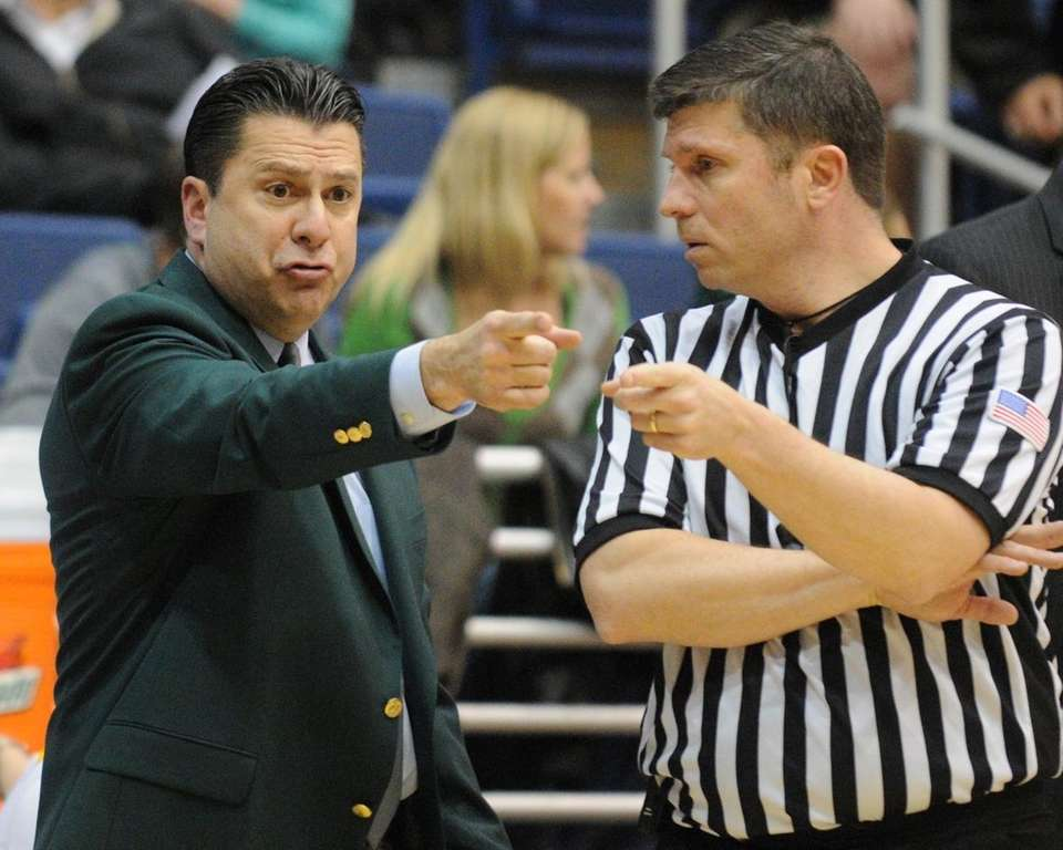 Hofstra head coach Tom Pecora expresses his displeasure