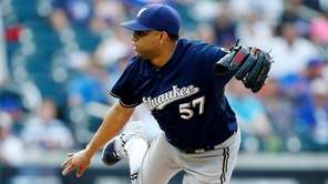 Francisco Rodriguez, then of the Milwaukee Brewers, pitches