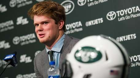 The Jets introduce No. 3 overall draft pick