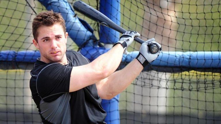 New York Mets David Wright takes batting practice.