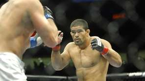 Rousimar Palhares needed less than a minute to
