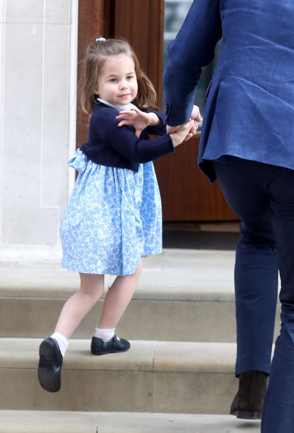 Princess Charlotte arrives at the Lindo Wing at