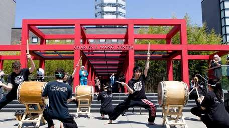 The Taiko Tides perform at Stony Brook's Cherry