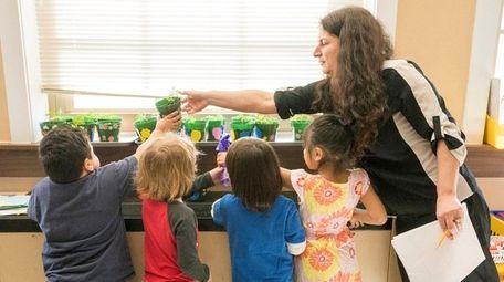 Jenellen Skuggevik's pre-K students learn about plant life