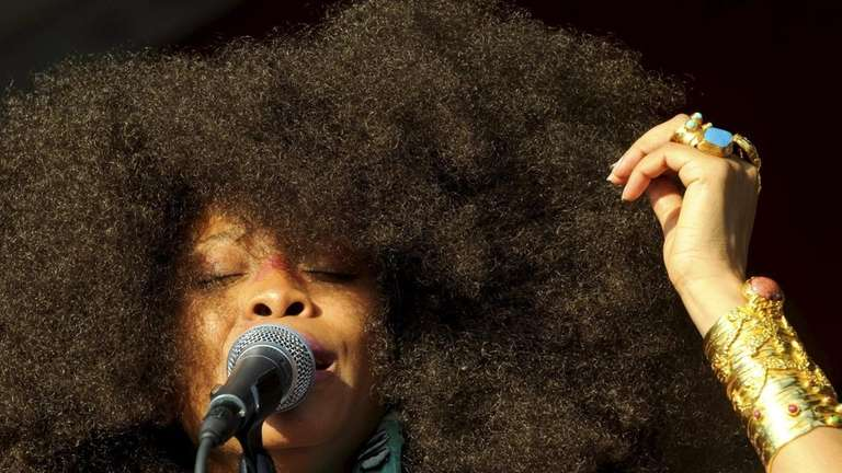 Erykah Badu performs at the New Orleans Jazz