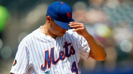 Jason Vargas of the Mets stands on the