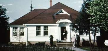 The creation of the first Garden City library,
