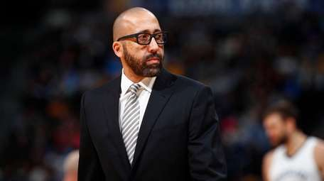 Grizzlies head coach David Fizdale against the Nuggets
