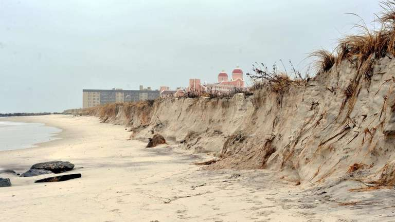 Erosion to the shoreline at Lido Beach has