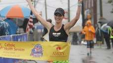 Gabrielle Russo wins the women's full marathon during