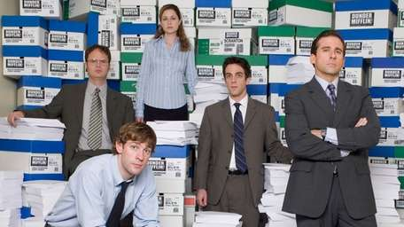 "The cast of NBC's ""The Office"":(clockwise from top)"