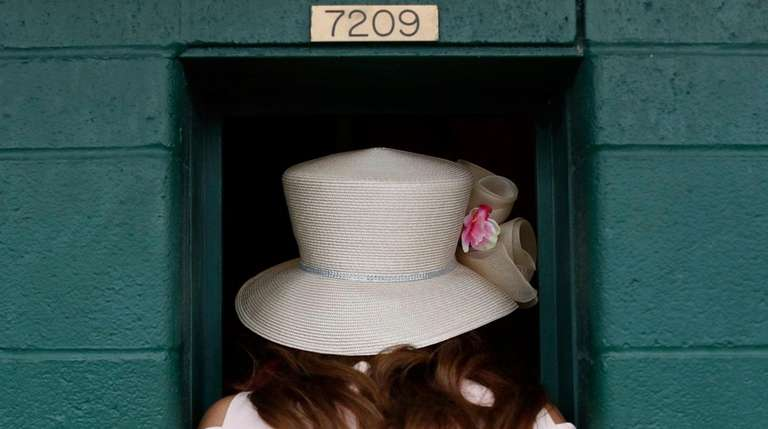 Texas woman's $18 Derby bet pays $1.2 million